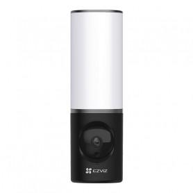 Caméra extérieure WiFi 4MP avec projecteur intégré et vision de nuit en couleur EZVIZ LC3